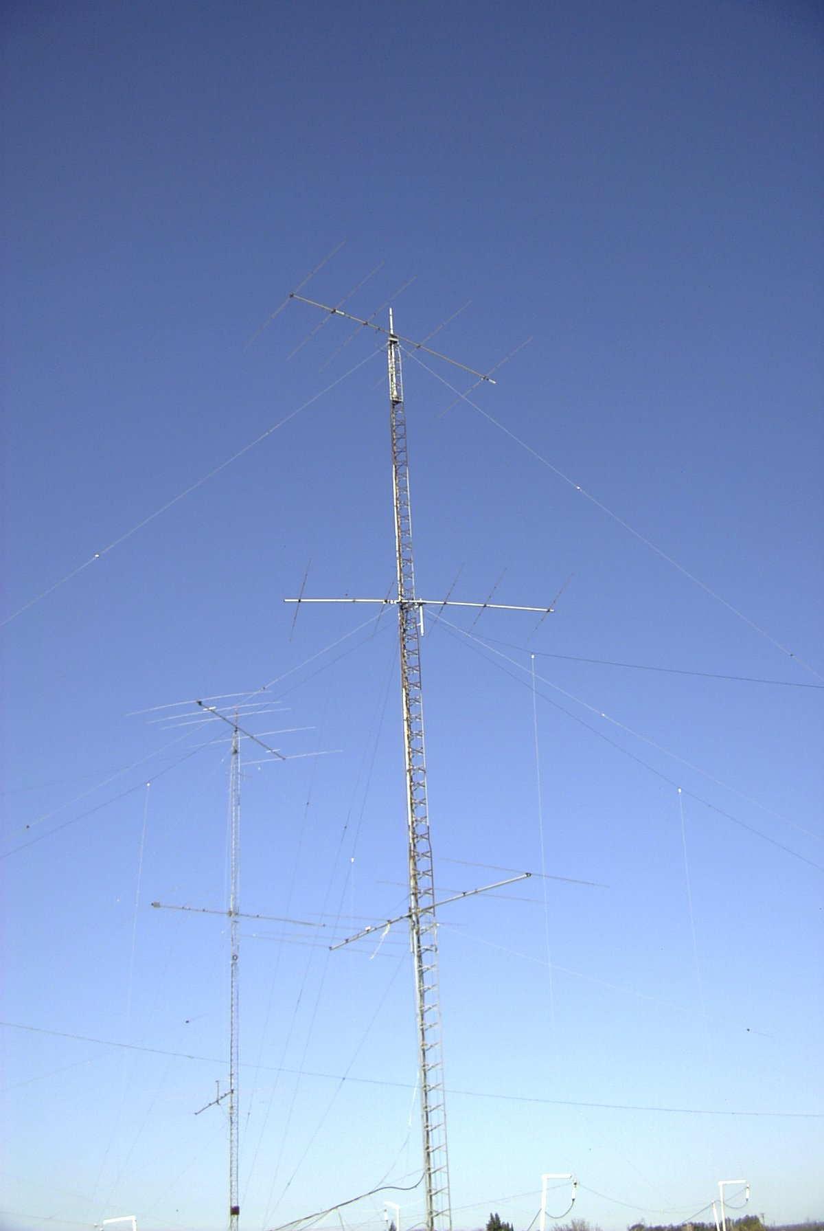 20x Drossel Axial 3,3µH 210mA 2,3x3,4mm Taiyo Yuden LAL02TB3R3K